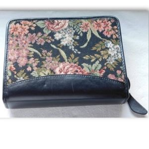 Franklin Quest Covey Tapestry/Black Leather Binder